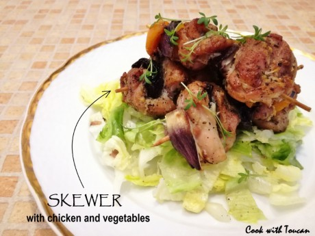 Skewer with chicken and vegetables